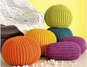 Jasleen-Overseas.Home-Furnishing-&-Made-ups.--Pouf