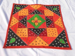 Niranjana-Exports_Home-furnishing_Cushion-cover-6